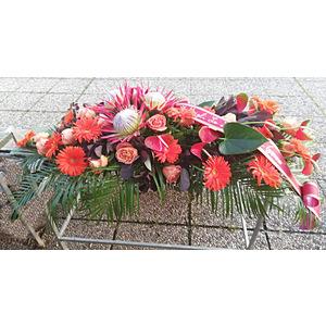 Copricassa con fiori esotici