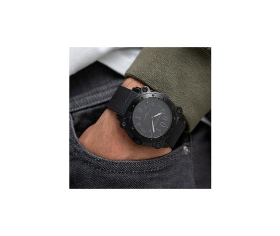H78505330 wristshot