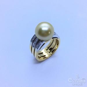 Anello OCEANIA CEVENINI UNIQUE Oro Giallo E Bianco 750‰ Con Perla Australiana Gold E Diamanti Taglio Brillante