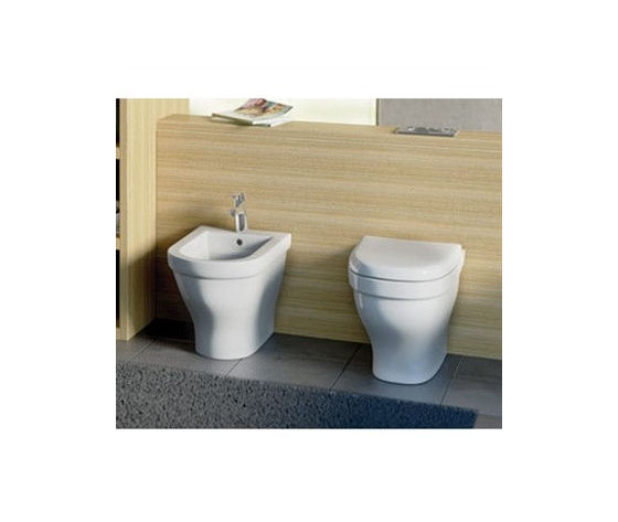 Washpoint vaso e bidet filo parete ambientati