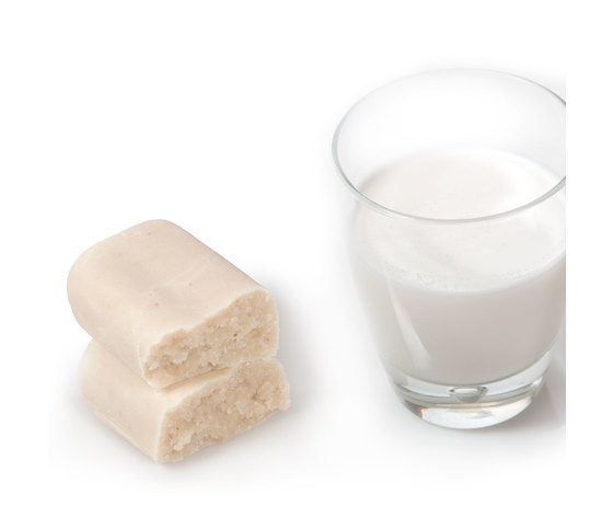 Bicchiere latte di mandorla img 0041