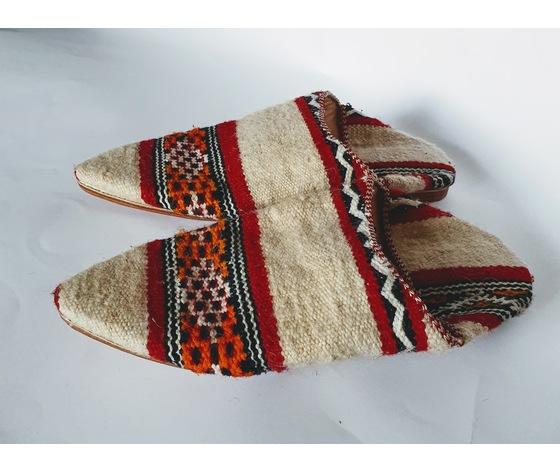 002cbd tappeto berbero fondo bianco disegni