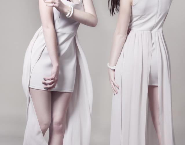 Women s white sleeveless dress 89785