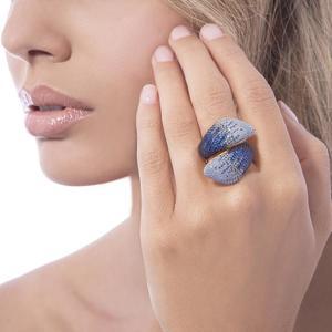 Anello donna in argento dorato con pietre blu e azzurre SOGNI linea PETALO CL029