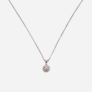 Collana in oro 18 kt con fiore di diamanti