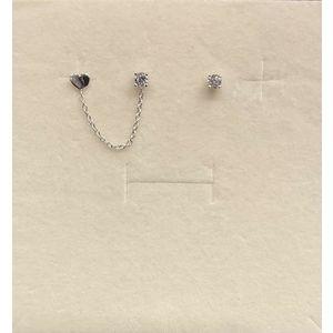 Orecchini particolari donna con cuore, punto luce di zircone in oro bianco 18 kt