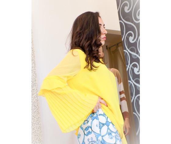 Blusa gialla con maniche a sbuffo camilla 1
