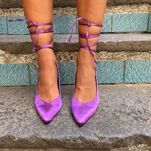 dècolletè Purple in raso con laccio alla caviglia,tacco 9cm