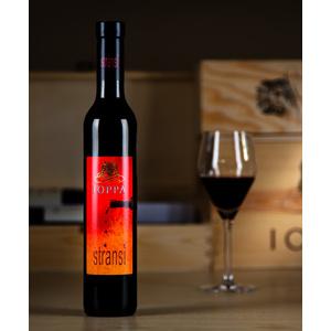 Stransì Vino ottenuto da uve appassite Ioppa
