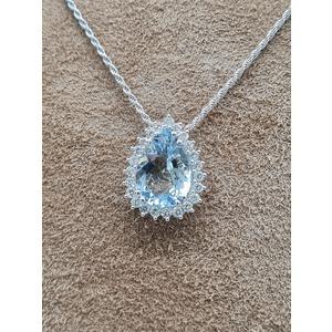 collana con acquamarina e diamanti in oro bianco 18 carati