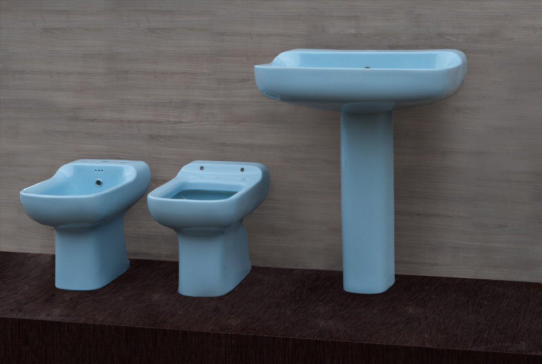 Sedile wc copriwater per modello conca azzurro sussurrato for Ideal standard conca prezzo