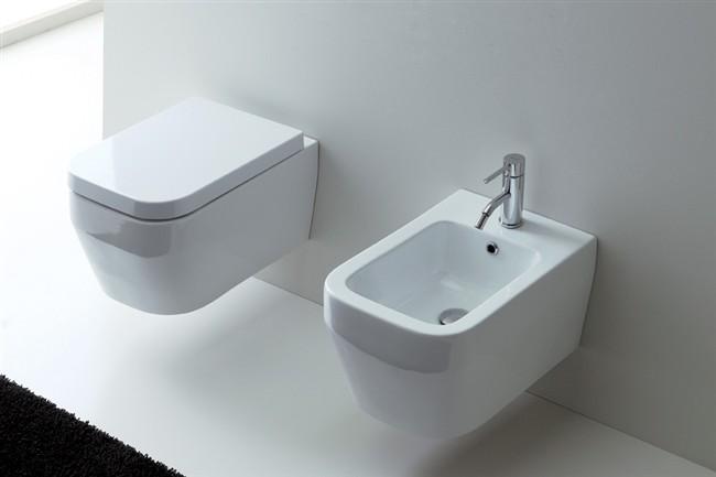 Sanitari Nero Ceramica Prezzi.Sedile Wc Copriwater Per Modello Aliseo Marca Nero Ceramica
