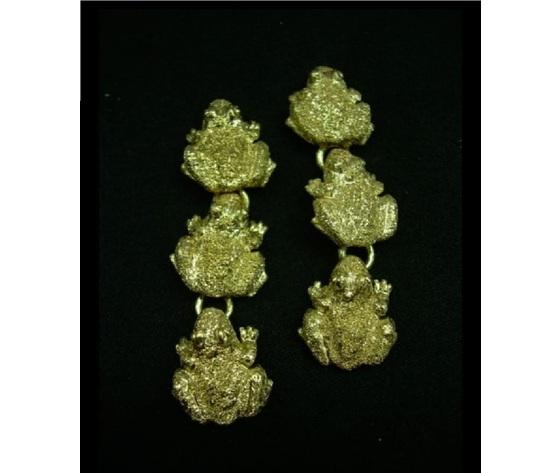 008 orecchini tre rane piccole oro