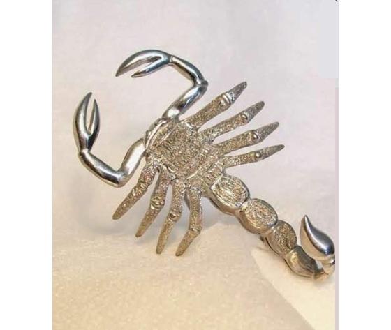 003 pendente scorpione oro bianco