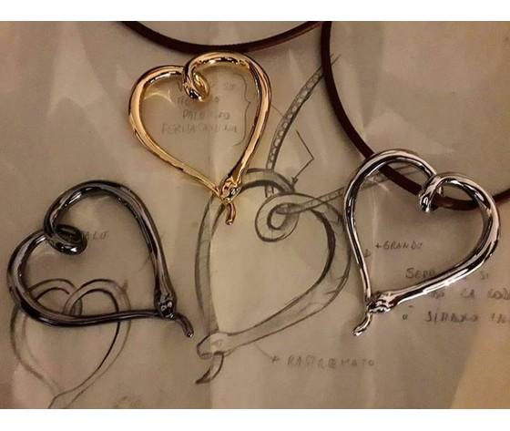 073 pendente serpente a forma di cuore