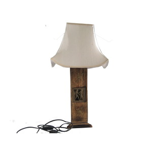 LAMPADA IN LEGNO A TRIANGOLO H.60 CM 1IN1518