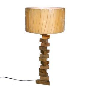 LAMPADA IN LEGNO TRIANGOLARE. H. 70 CM. 1IN1527