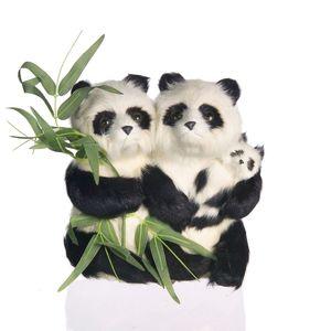Gecas Regali dal mondo - Coppia di Panda in Pelliccia. Misura 20 x 25 cm