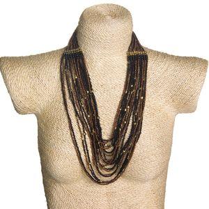 Gecas Regali dal mondo - Collana Perline Multifili Misura L.60 cm