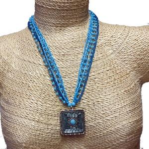 Gecas Regali dal mondo - Collana Perline Turchese Misura L 70 cm