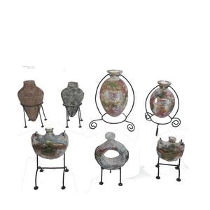 Gecas Regali dal mondo - Lotto 22 Composto da 35 vasi in Terracotta con Base