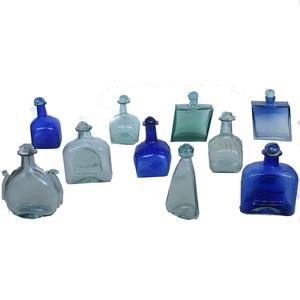 Gecas Regali dal mondo - Lotto 28- Composto da 70 Bottiglie in Vetro soffiato
