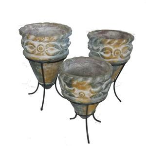 Gecas Regali dal mondo - Lotto N 30 - Composto da 10 Set di 3 vasi in Terracotta