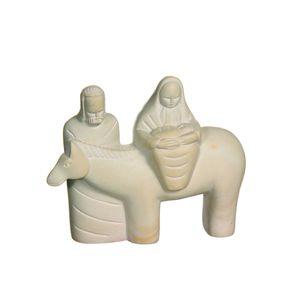 Gecas Regali dal mondo - Statua Fuga Gesu' Pietra Saponaria Misura 15 x 12 cm