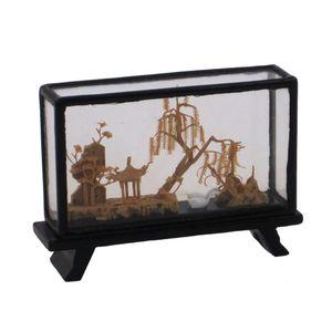 Gecas Regali dal mondo - Vetrina in Legno e Sughero Misura 12 x 8 cm