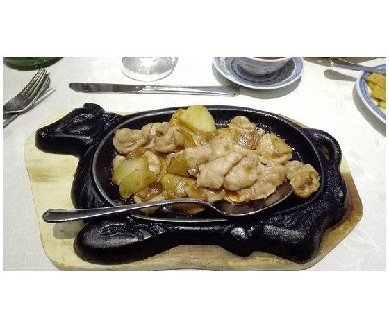 Maiale con patate alla piastra