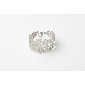 Bracciale floreale in argento