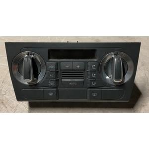 Centralina climatizzatore 8P0820043BG XHA Audi A3 Sportback anno 2008 -2013