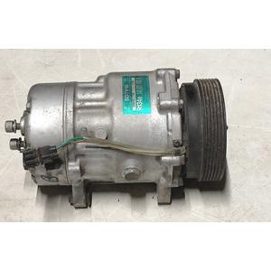 Compressore A/C 1J0820803A VOLKSWAGEN GOLF 4 1.6 Benzina