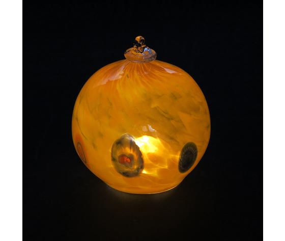 Sfera luminosa arancione accesa