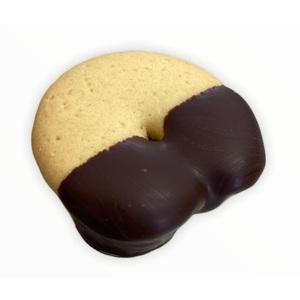 Biscotti ripieno Nutella immerso nel cioccolato