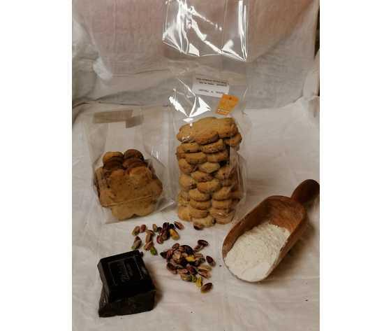 Canestrelli pistacchio e cioccolato