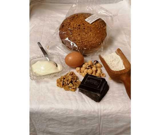 Torta di noci  nocciole cioccolato