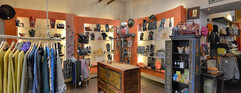 Abbigliamento etnochic accessori dal mondo roma 001  1920w