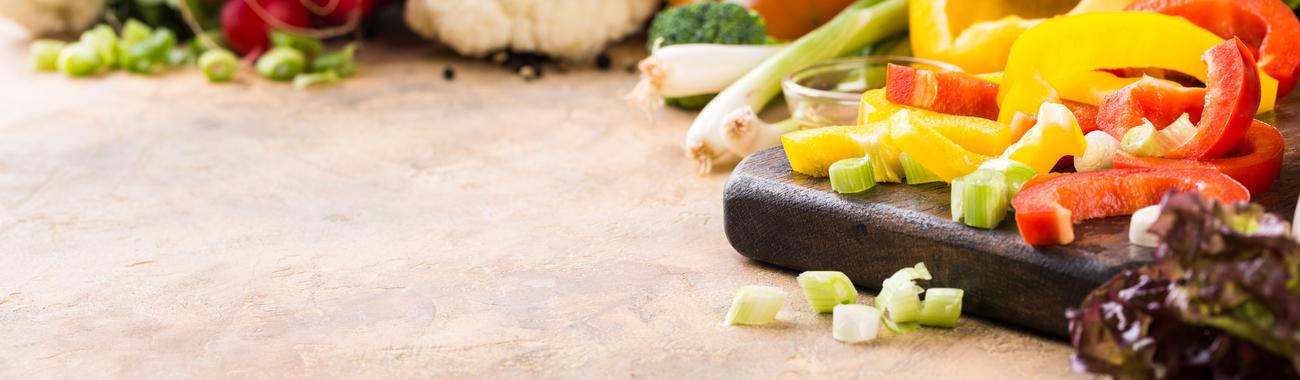 Fresh raw vegetables p4jhs3m
