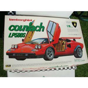 Lamborghini Countach LP500S Fujimi scala 1:16