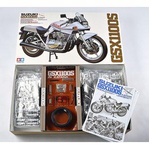 Suzuki GSX1100S Katana 1981 Tamiya | N. 16025 | 1:6
