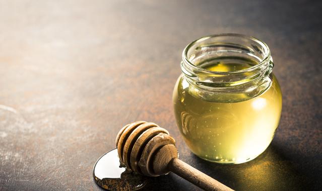 Honey and honeycomb 8l4jpsr