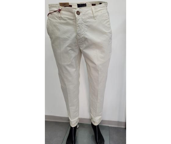 Pantalone bianco 2