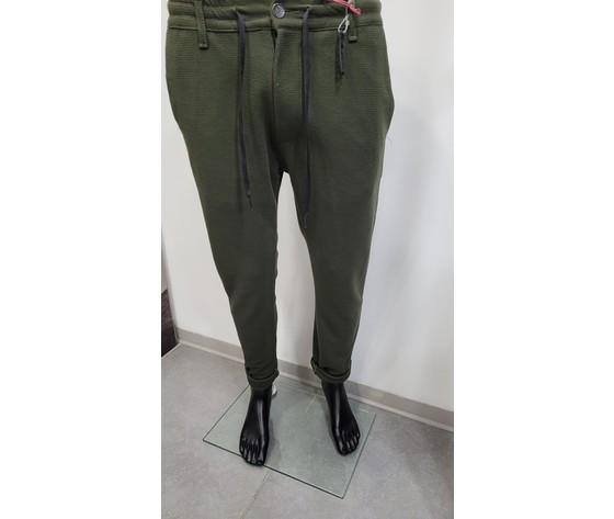 Pantalone con elastico verde 1