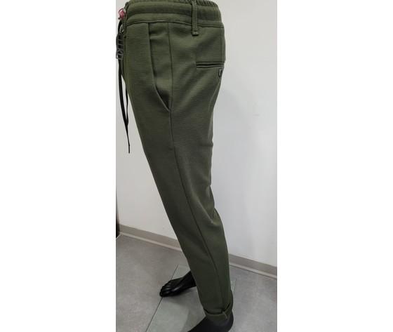 Pantalone con elastico verde 2