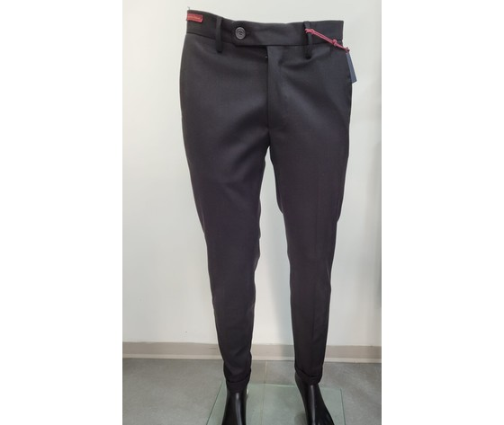 Pantalone nero classico 1