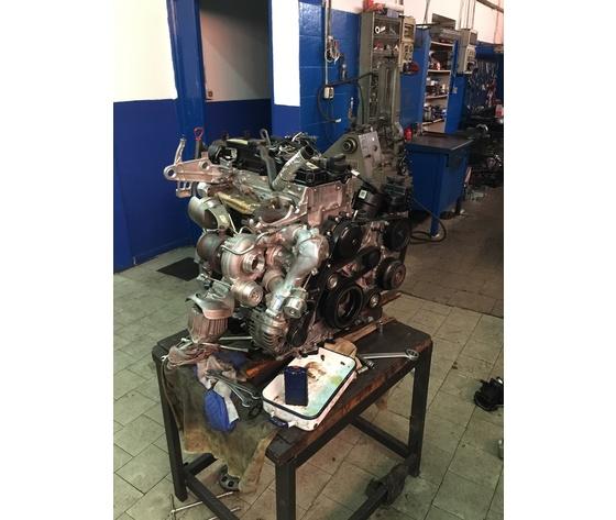 Motore E 220cdi