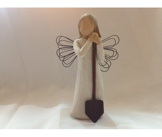 STATUINA ANGEL OF THE GARDEN
