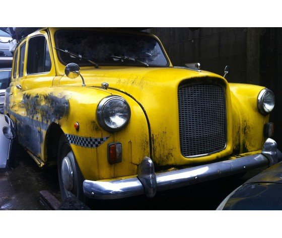 TAXI INGLESE FX4 '68