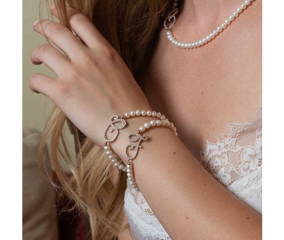 Bracciale perle e lettera  1
